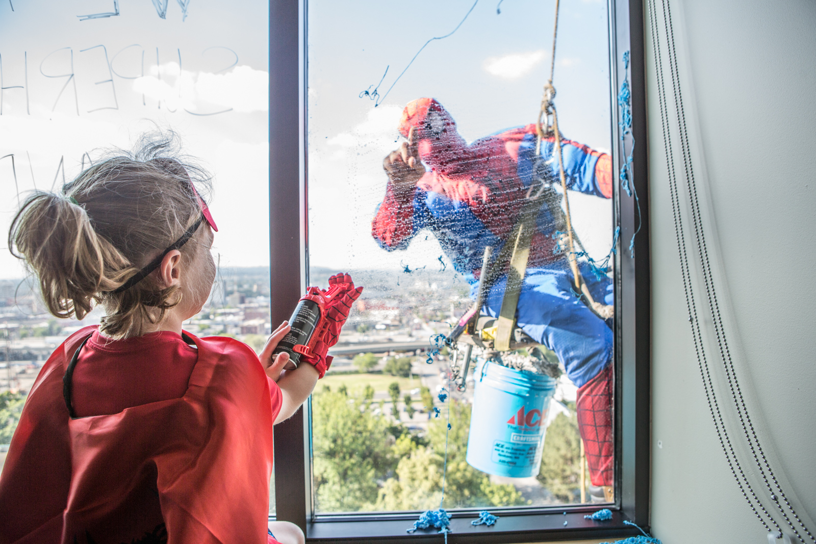 Spiderman and child (1)